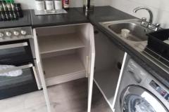 kitchen-cupboard-interior-painting